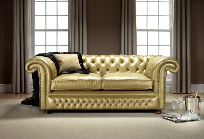 englische stilm bel chesterfield ledergarnituren. Black Bedroom Furniture Sets. Home Design Ideas